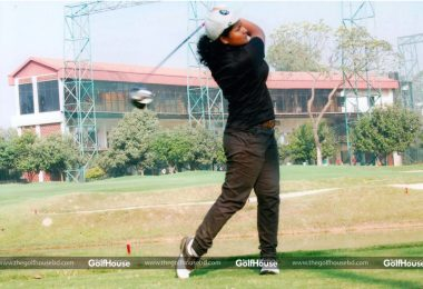 Auroni_becomes_first_female_professional_golfer_from_Bangladesh