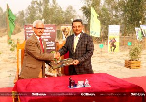 Brigadier_General_Selim_Akhter_proposed_the_chairman_of_Runner_Group_to_accommodate_a_program_at_the_Rangpur_Golf_Club