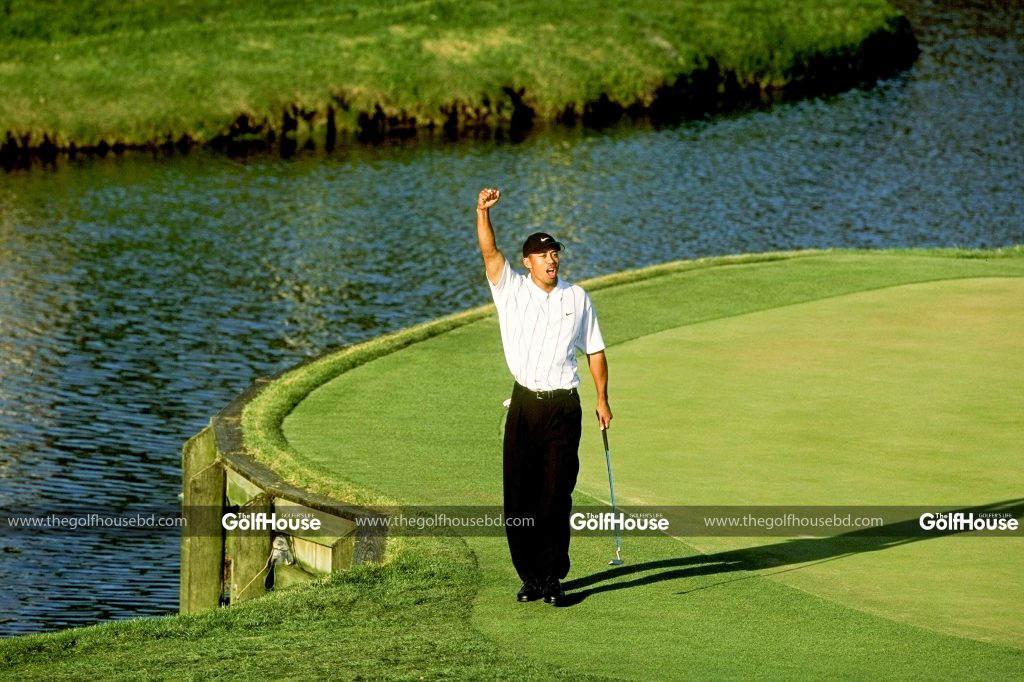 UNITED_STATES_MARCH_18: _Tiger_Woods_(Photo_by_Stan_Badz/PGA)